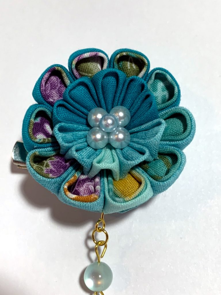 Blue fabric floral brooch